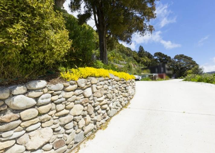 608 and 610 Main Road North, Te Marua