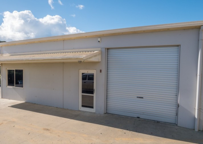 Unit 1, 8 Walters Way, Coopers Beach