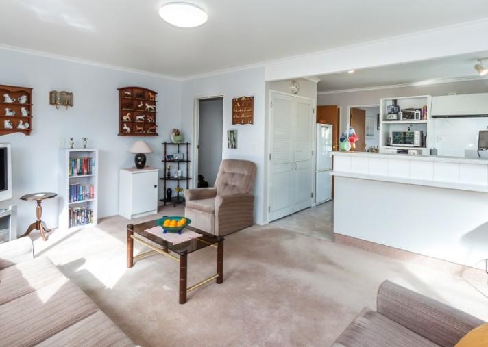 181 Amberley Avenue, Highbury
