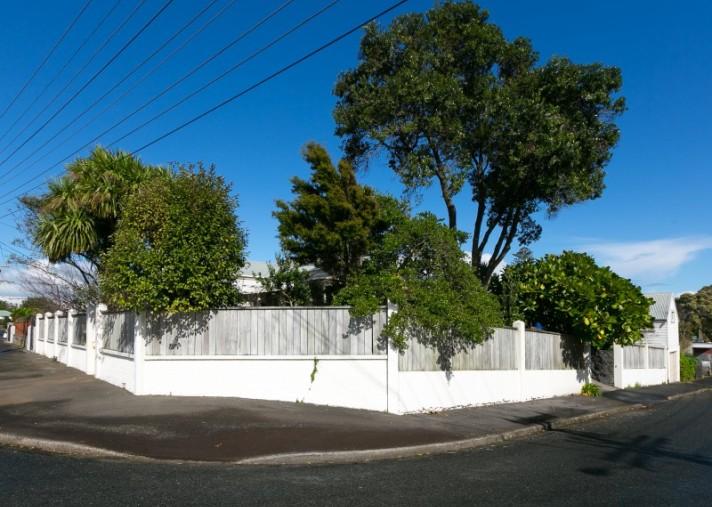 24 Beach Street, Fitzroy