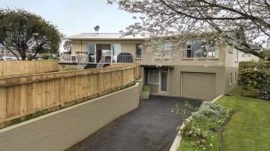 8 Moloney Terrace, Pukekohe