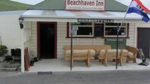 12 Seaview Road, Herbertville