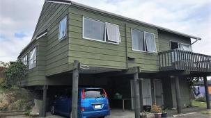 Unit 2, 9 Courant Place, Totara Heights