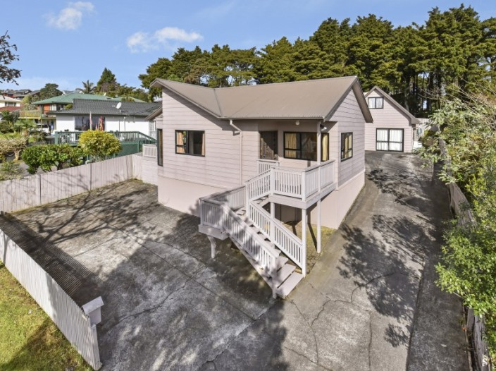 29-banyan-drive-totara-heights
